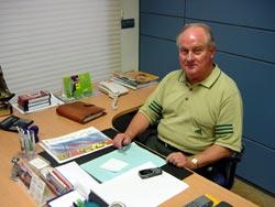 Luis Costa, en su despacho del Club