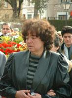 La madre de Francisca Saila en el funeral de su hija