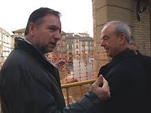 Iglesias y Milián en una visita a las obras del museo diocesano de Barbastro