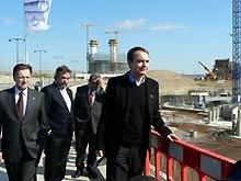 Zapatero, visitando las obras