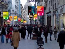 La calle Alfonso será una de las ubicaciones de estas banderolas