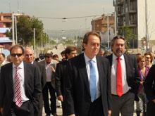 Belloch y Pérez Anadón han paseado por el nuevo Corredor Verde en Oliver