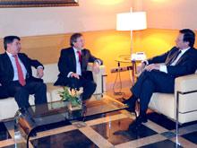 Iglesias y Larraz han mantenido una reunión con los empresarios aragoneses