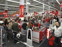 Los primeros clientes de la nueva tienda Media Markt