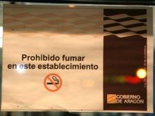 El 65% de la población está de acuerdo con que se prohíba fumar en todos los lugares públicos