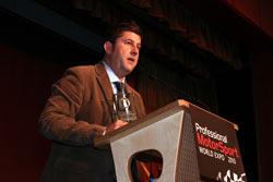 El director de MotorLand, Tomé Alfonso, en la entrega de galardones