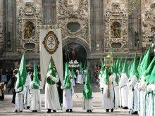 La cofradía está compuesta por 1.302 hermanos