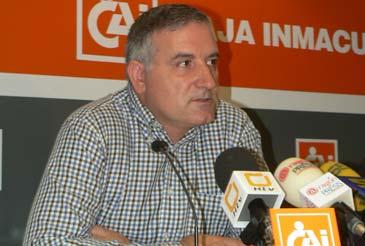 El presidente de la Agrupación Astronómica de Huesca, Alberto Solanes