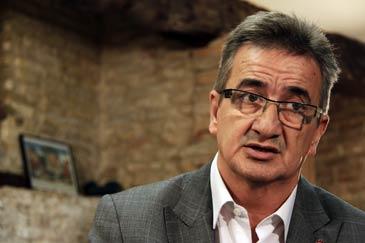 José María Becana ha sido el único senador socialista elegido por Huesca