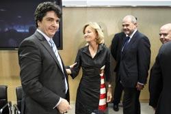 El consejero de Hacienda y Administración Pública, Mario Garcés, con la vicepresidenta económica, Elena Salgado