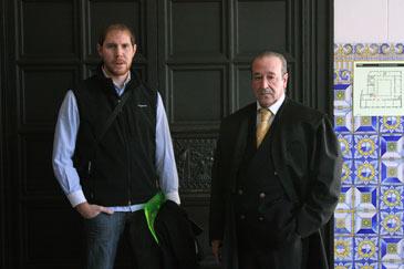 El acusado junto a su abogado defensor, Javier Notivoli