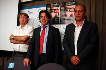 El director del festival, Javier Espada; el director general de Cultura, Humberto Vadillo, y el alcalde de Calanda, José Ramón Ibáñez