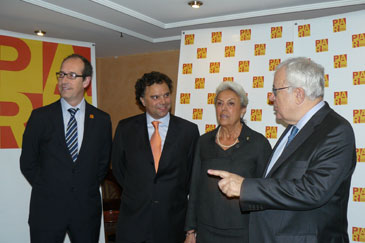 José Ángel Biel con los premiados del año pasado