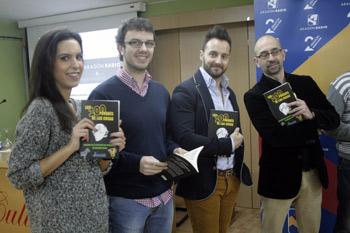 El director del programa, Paco Doblas, con algunos de los periodistas que trabajan en el mismo