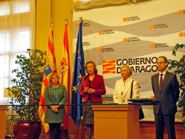 La presidenta de Aragón, Luisa Fernanda Rudi, ha elogiado la colección Circa XX