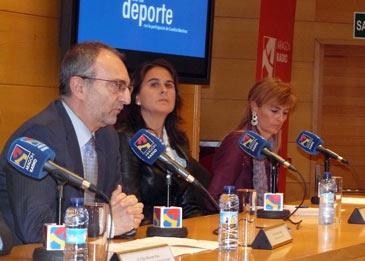 El Auditorio José Luis Borau ha acogido el nombramiento de Conchita Martínez