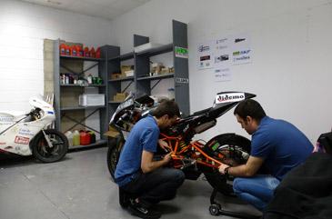 Los futuros ingenieros y mecánicos tienen hasta octubre de 2014 para perfeccionar su máquina