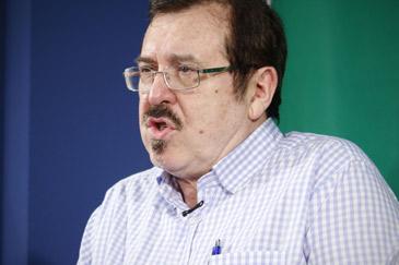 Javier Barreiro cree que, respecto a la jota, hay falta de información