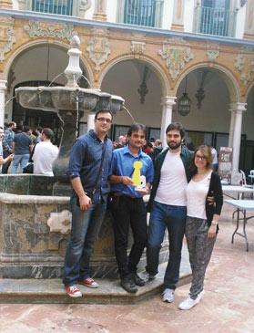 El equipo responsable de la edición y diseño de Populi Turolii