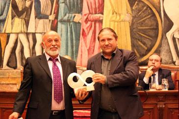 El premio reconoce su larga trayectoria como agricultor ecológico y por su defensa de este sistema de cultivo