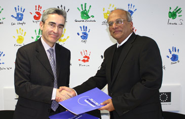 Juan Rafael Bonilla y David Gonsalvez han asistido a la firma del acuerdo
