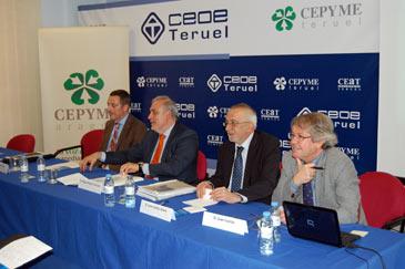 La sede de la CEOE de Teruel ha acogido este miércoles un foro sobre Pymes y la Unión Europea