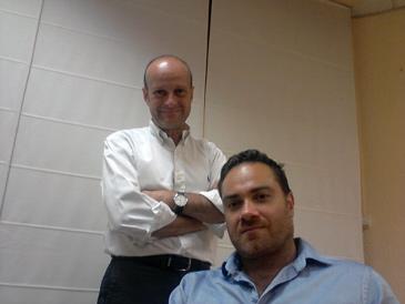 Miguel Ariño (de pie) y Alberto Sánchez son los percusores de Langel System