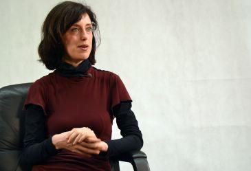 La escritora divulga a los autores clásicos impartiendo cursos y conferencias