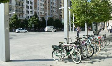 La capital aragonesa cuenta con algo más de 4.000 aparcamientos para bicicletas