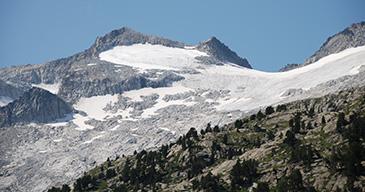 El glaciar del Aneto es el más grande del Pirineo
