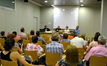 El debate ha tenido lugar en el Joaquín Roncal