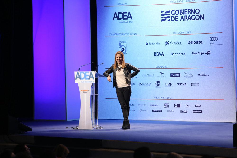 La directora de Ciencias de Datos en Vodafone, Nuria Oliver, ha expuesto su visión sobre hacia dónde evoluciona el teléfono móvil