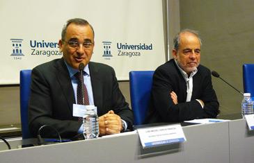El proyecto está liderado por el catedrático de Ingeniería Química y subdirector del Instituto de Nanociencia de Zaragoza, Jesús Santamaría (derecha)