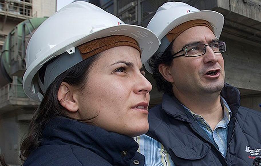 Silvia Clusella es la gerente de Medio Ambiente de Cemex en Aragón