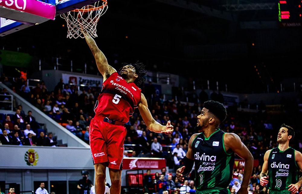 El equipo conseguía la victoria más amplia de su historia ante Joventut. Foto: Basket Zaragoza (Esther Casas)