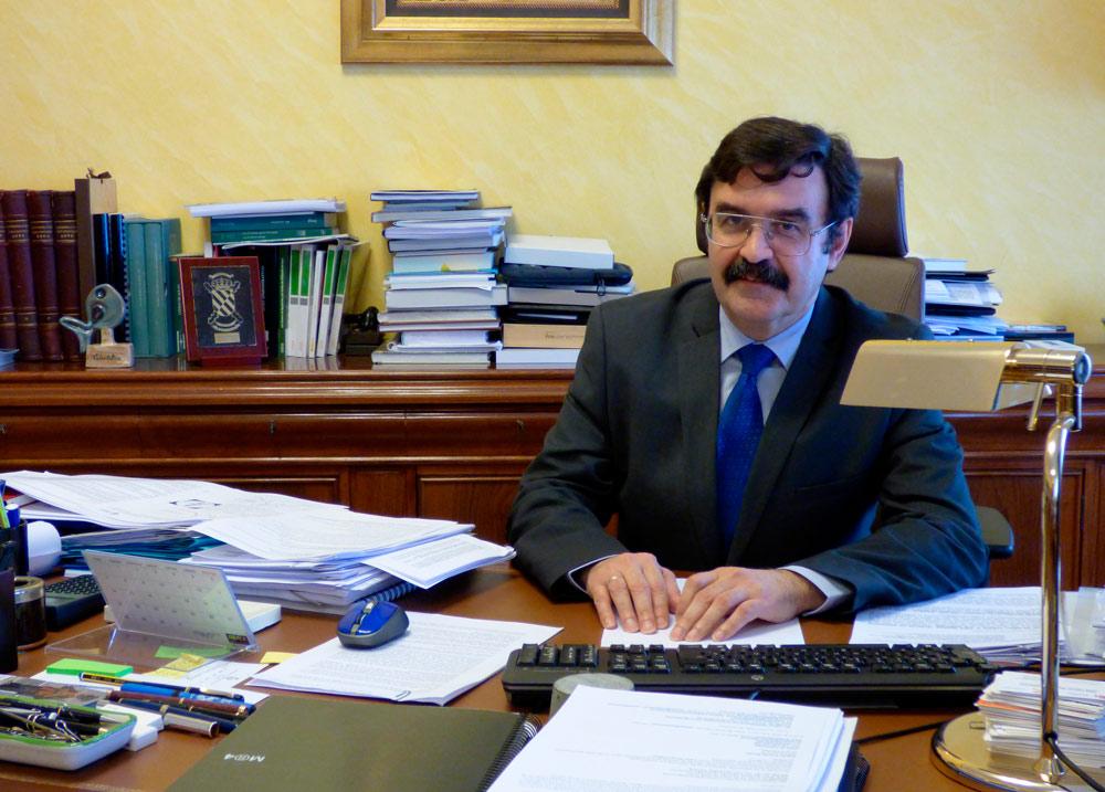 El presidente de la Confederación Hidrográfica del Ebro es Raimundo Lafuente