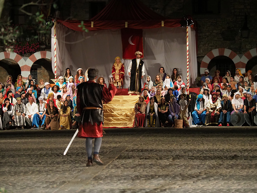 La Morisma recrea una leyenda en torno a la primera gran batalla de la Reconquista en Aragón