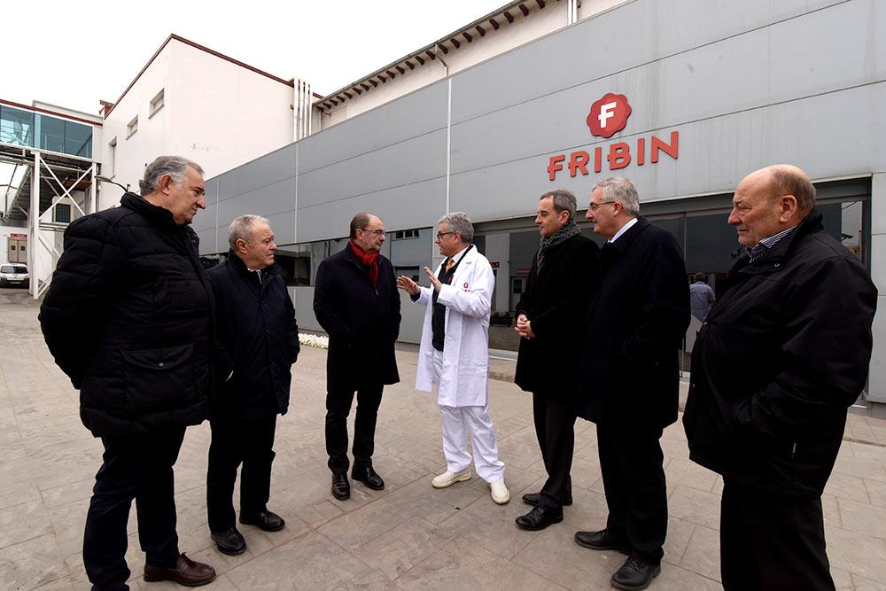 Lambán ha conocido las infraestructuras de la empresa Fibrin