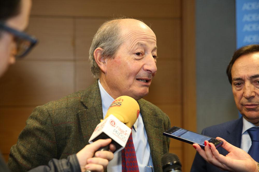 El economista resalta que Aragón puede ser líder a nivel nacional e internacional en energías renovables