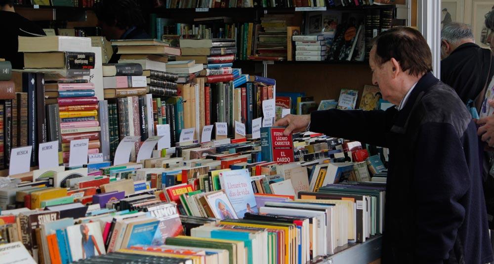 En Zaragoza, más de 200 autores llenarán  el paseo de la Independencia