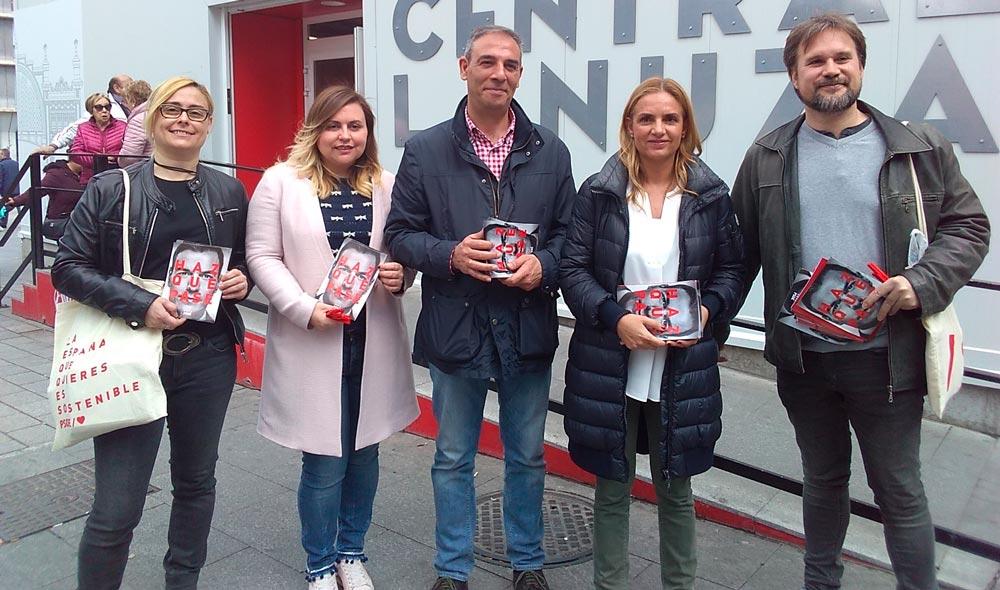 Sumelzo ha repartido propaganda del PSOE junto al Mercado de Lanuza de Zaragoza