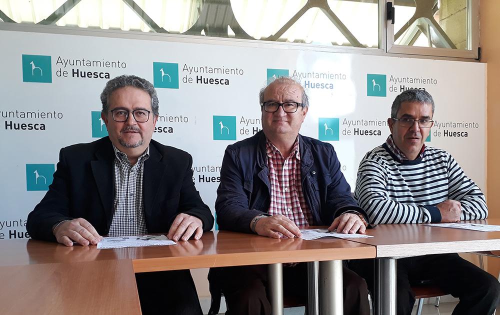 Solo en Huesca, Jaca y Castejón de Monegros se siguen respetando las tiradas de barra como una tradición